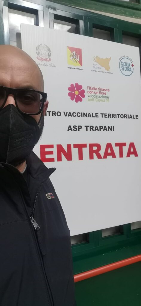 L'Assessore Antonio Gutterez è stato il primo a vaccinarsi della Giunta pantesca l'8 marzo scorso